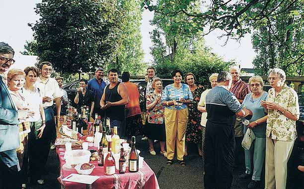 photo-fete-voisins-2002-2@2x
