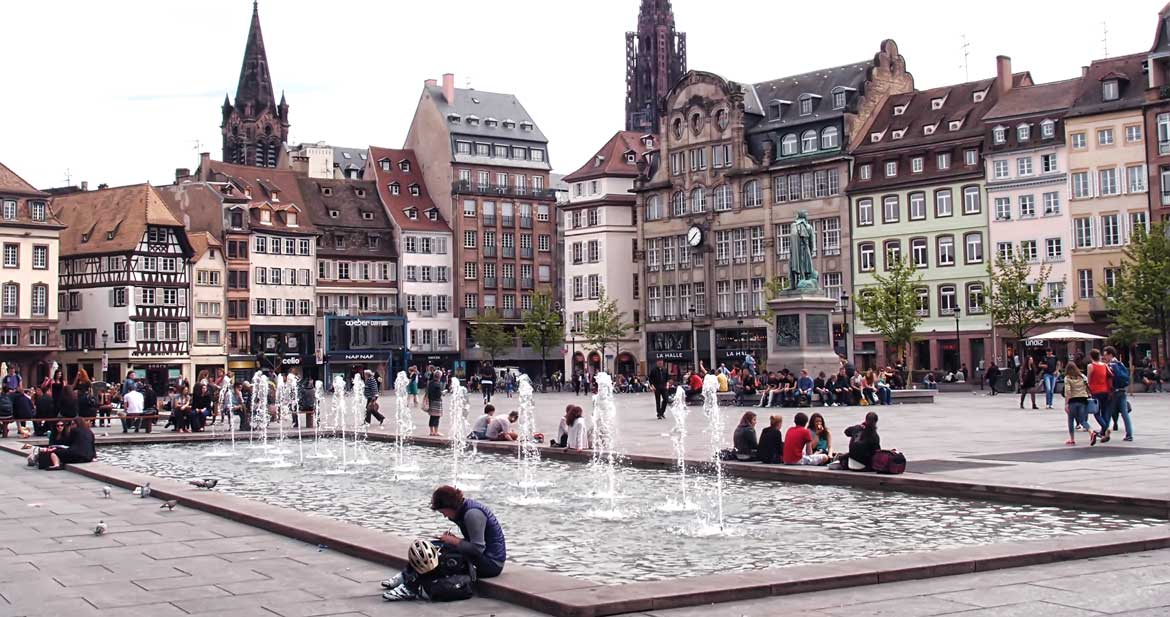place-kleber-fontaine-strasbourg-diluvial1